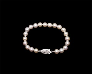 pearlclasp