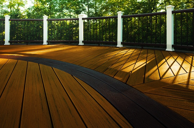 Composite decking the practical and stylish alternative for Composite deck material reviews