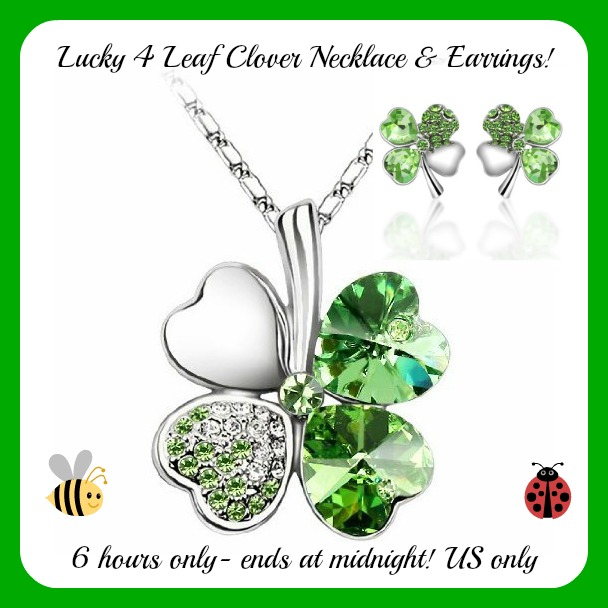 4 leaf clover button