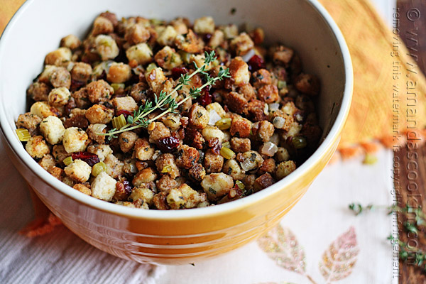 Stuffing-with-Parsley-Sage-Rosemary-and-Thyme1