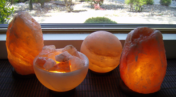 How Many Salt Lamps Do You Need : Himalayan Salt Lamp ~ Clean Air with Style #Review #MDRChristmas15
