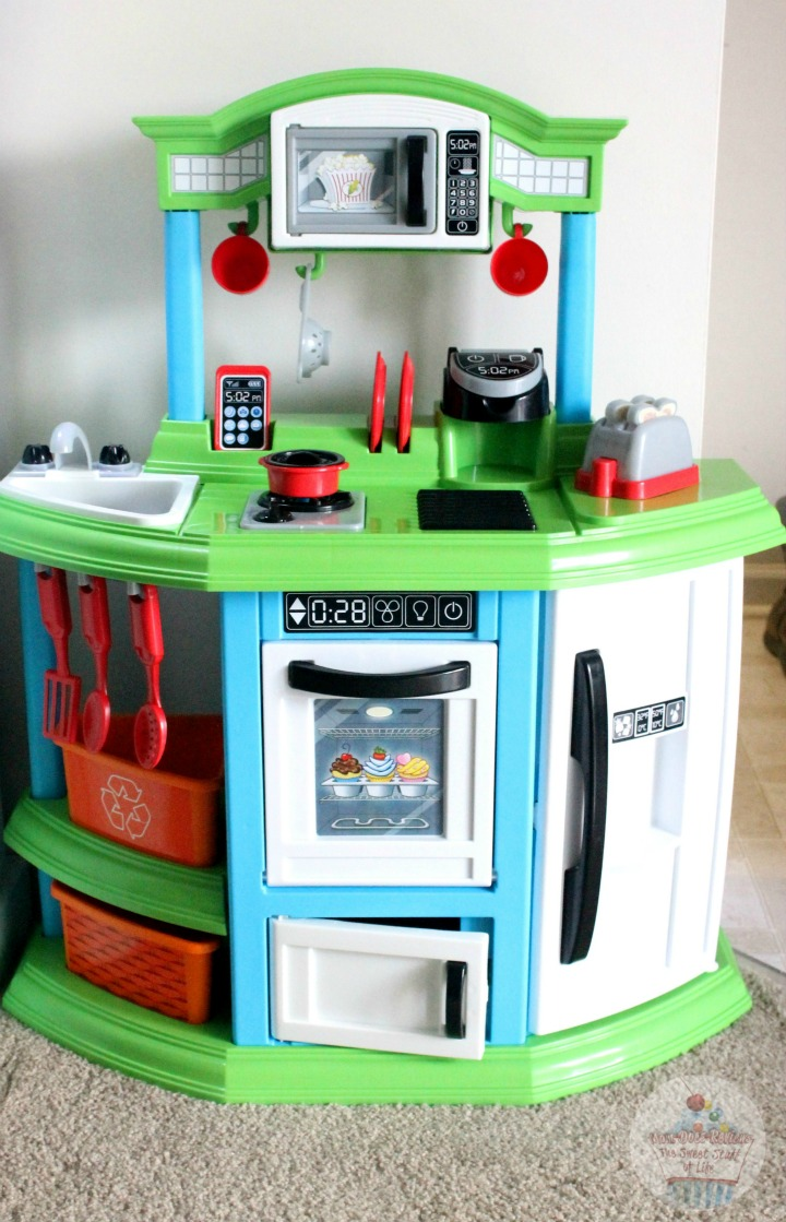 American Plastic Toys Cozy Comfort Kitchen Reviews