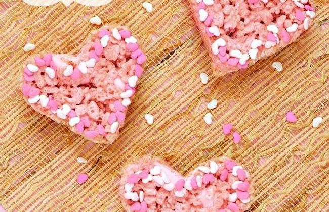 Rice Cispie Heart Pops