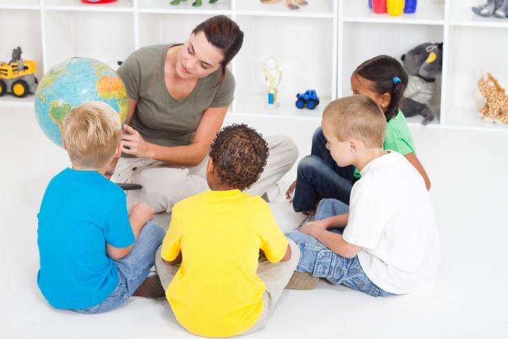 the factors influencing a childs literacy development Language development parallel's child's cognitive skills interactive language-rich environment and inborn genetic potential develop children's social communication skills.