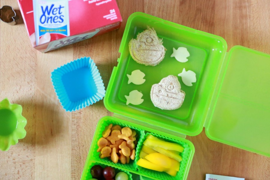 Goldfish Bento Lunchbox Tutorial from Simply Being Mommy
