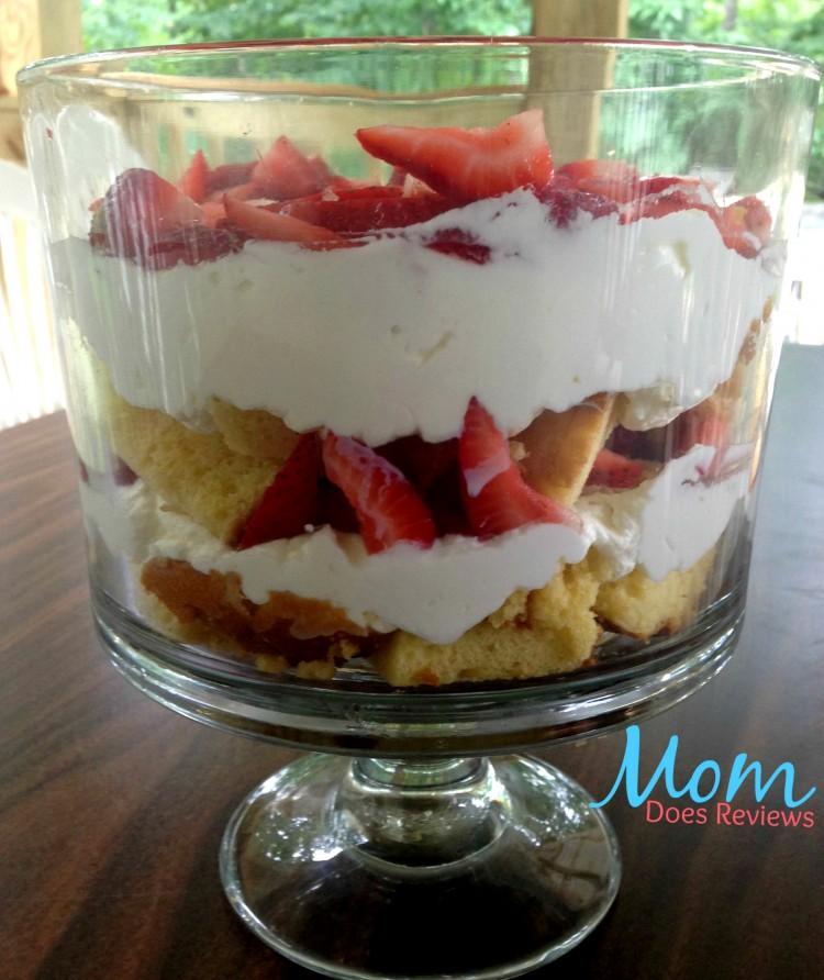strawberry-shortcake-trifle-edit
