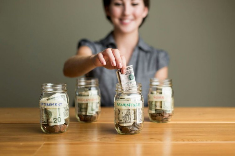 How To Manage Your Family Finances Effectively And