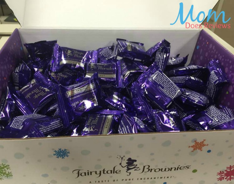 fairytale-brownies-holiday-cheer-box