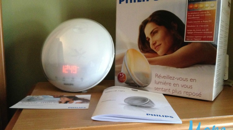 Wake Up Naturally With Philips Wake-Up Light #Review #ChristmasMDR16
