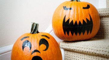 DIY Pumpkin Stickers from Duct Tape #Craft