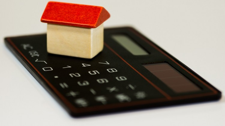 Frugal Living Tips for Single Mothers and Debt Consolidation