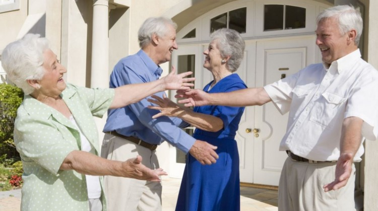 Gather Your Clan: 5 Ideas for a Fun Family Reunion