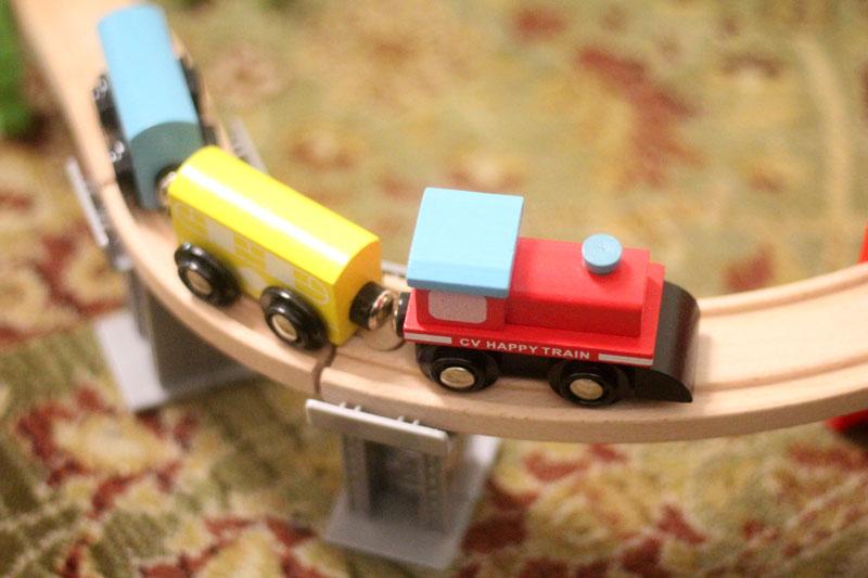 classic-wood-toys-cubbi-lee-6