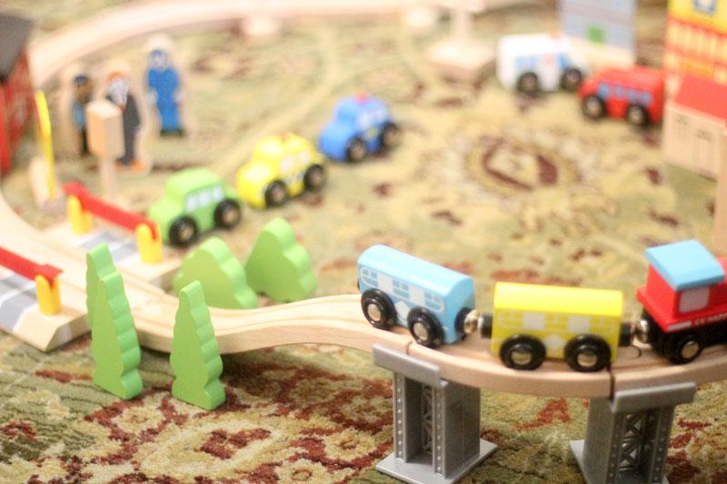 classic-wood-toys-cubbi-lee-7