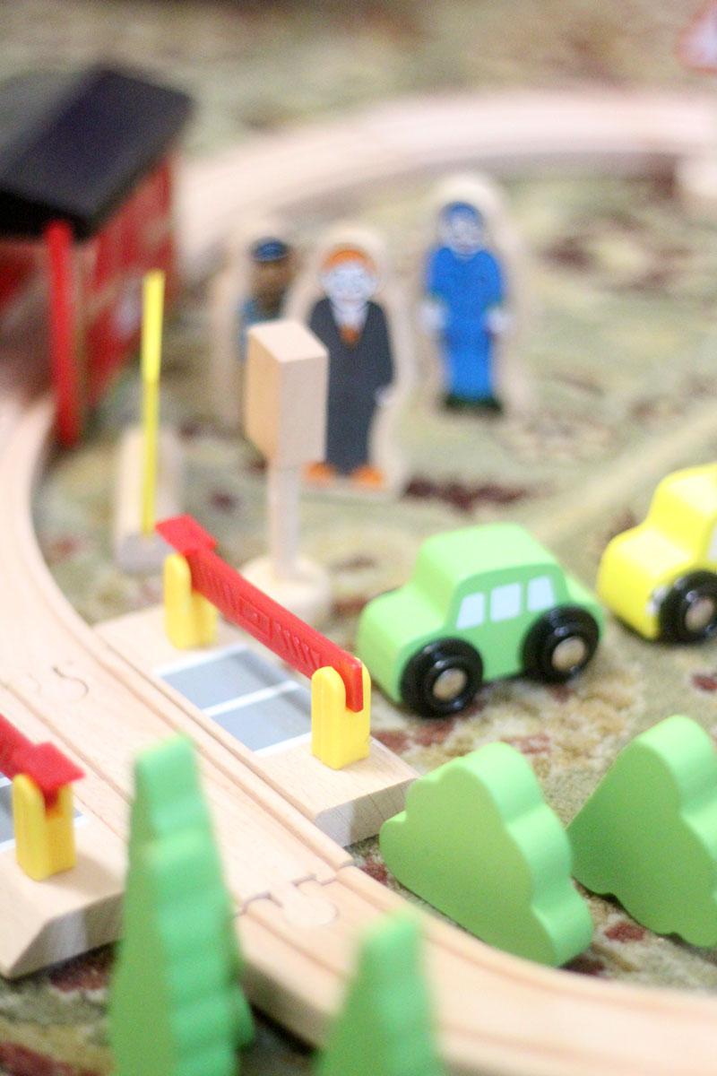 classic-wood-toys-cubbi-lee-8