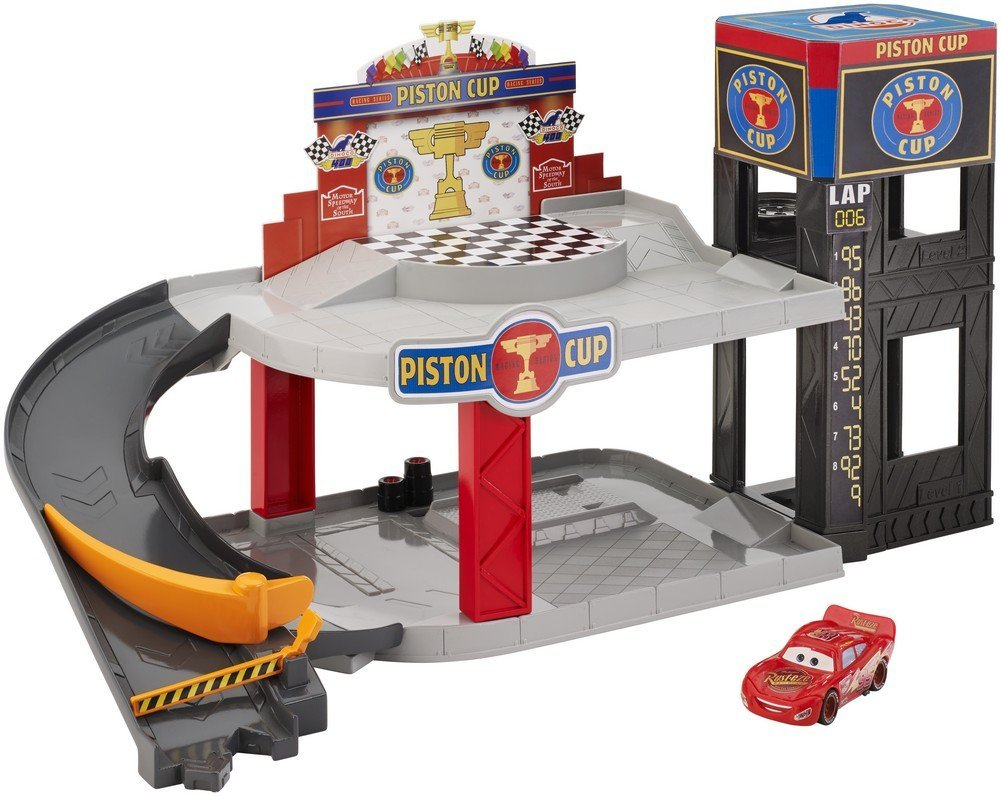 Celebrate cars 3 with 10 toys for your cars fan cars3event for Sarge automobiles garage serus