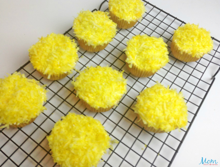 Easter Chick Cupcakes process
