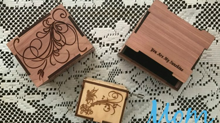 Give the Sweet Gift of Music with Customized Aromatic Red Cedar Music Boxes #GiftsforMom17