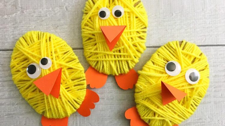 #12Daysof Easter Recipes and Crafts {Day 1} Chick Yarn Craft