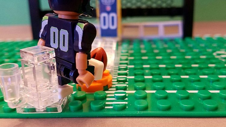 Sports Themed Mini Figures and Sets by OYO Sports #Review