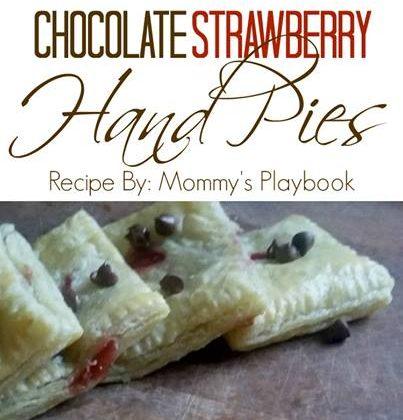 #12Daysof Picnic Ideas {Day 8} Chocolate and Strawberry Hand Pie