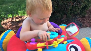 Now Your Baby Can Cruise Around Town in Their New Music & Lights Comfy Car from Playgro #Review