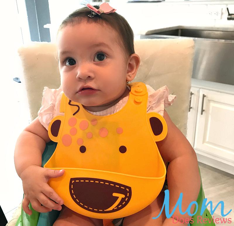 Marcus & Marcus Lola the Giraffe Silicone Baby Bib Review