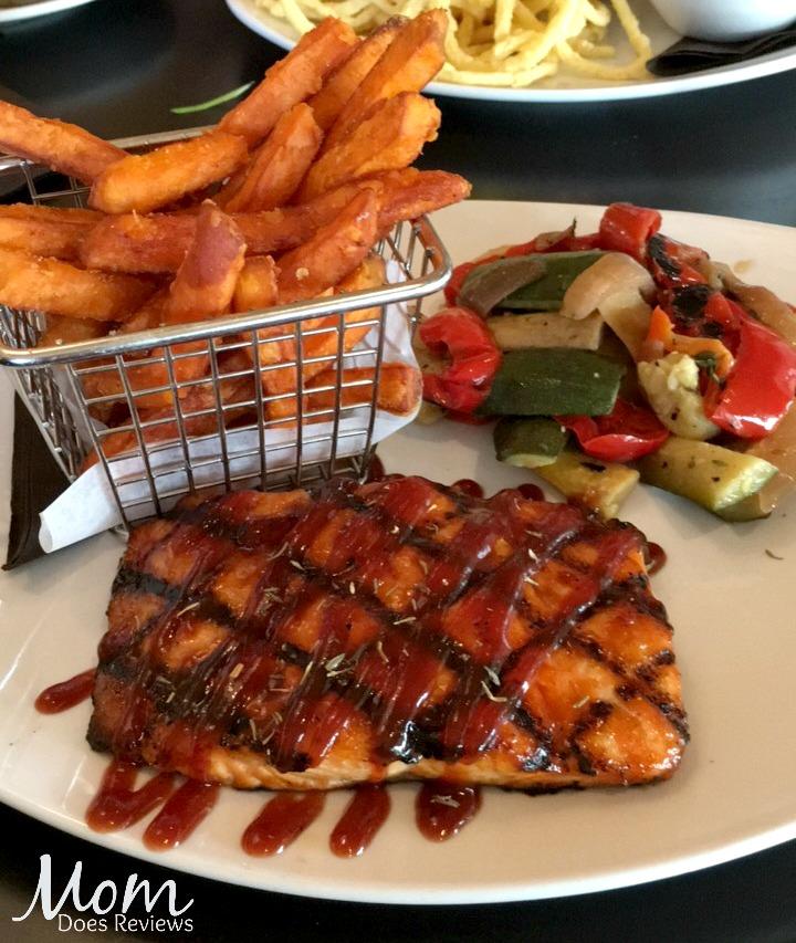 110 Grill BBQ Salmon Dinner