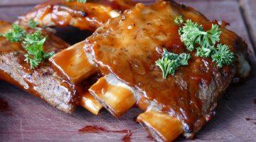 BBQ Bonanza: 4 Fun and Easy Ways to Cook Ribs