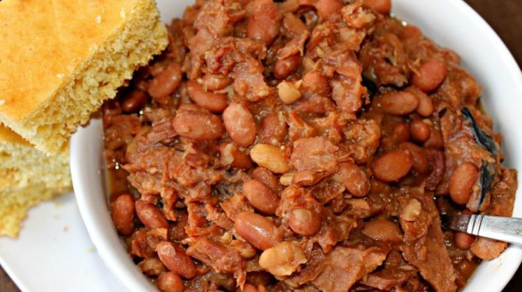 Day 18 of our 30 Days of #EasyDinners – Slow Cooker Beans and Ham