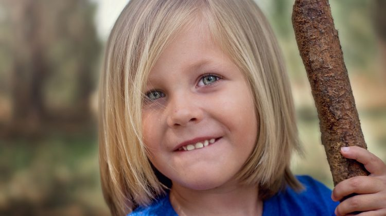 Dental Debate: Should You Be Concerned About Your Child's Late Loss of Baby Teeth?