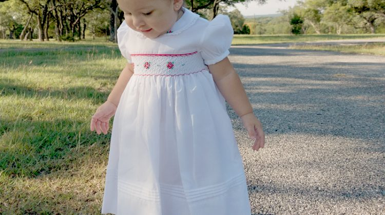 Feltman Brothers Timeless Holiday Outfits For Baby #MEGAChristmas17
