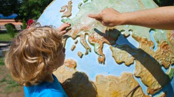 4 Creative Ways to Keep Your Children Intellectually Engaged Year-Round