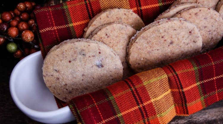 Day 23 of our 30 Days of #ChristmasSweets – Salted Cranberry Shortbread Cookies