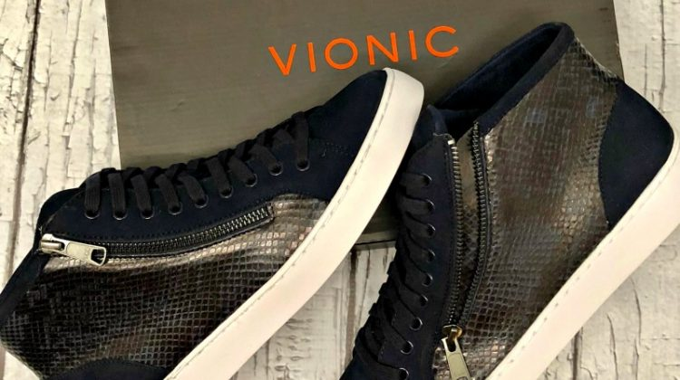 Sole Provisions: step into support with Vionic high top sneakers #MegaChristmas17