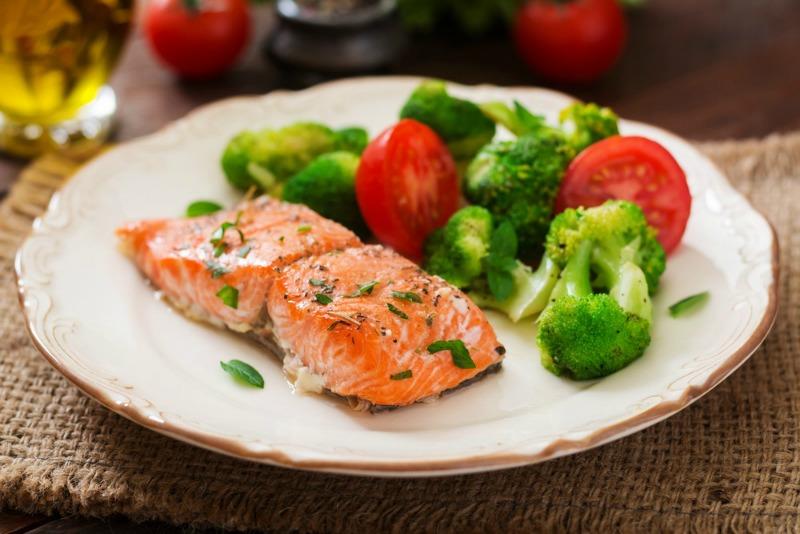 Instant Pot Speedy Salmon & Broccoli