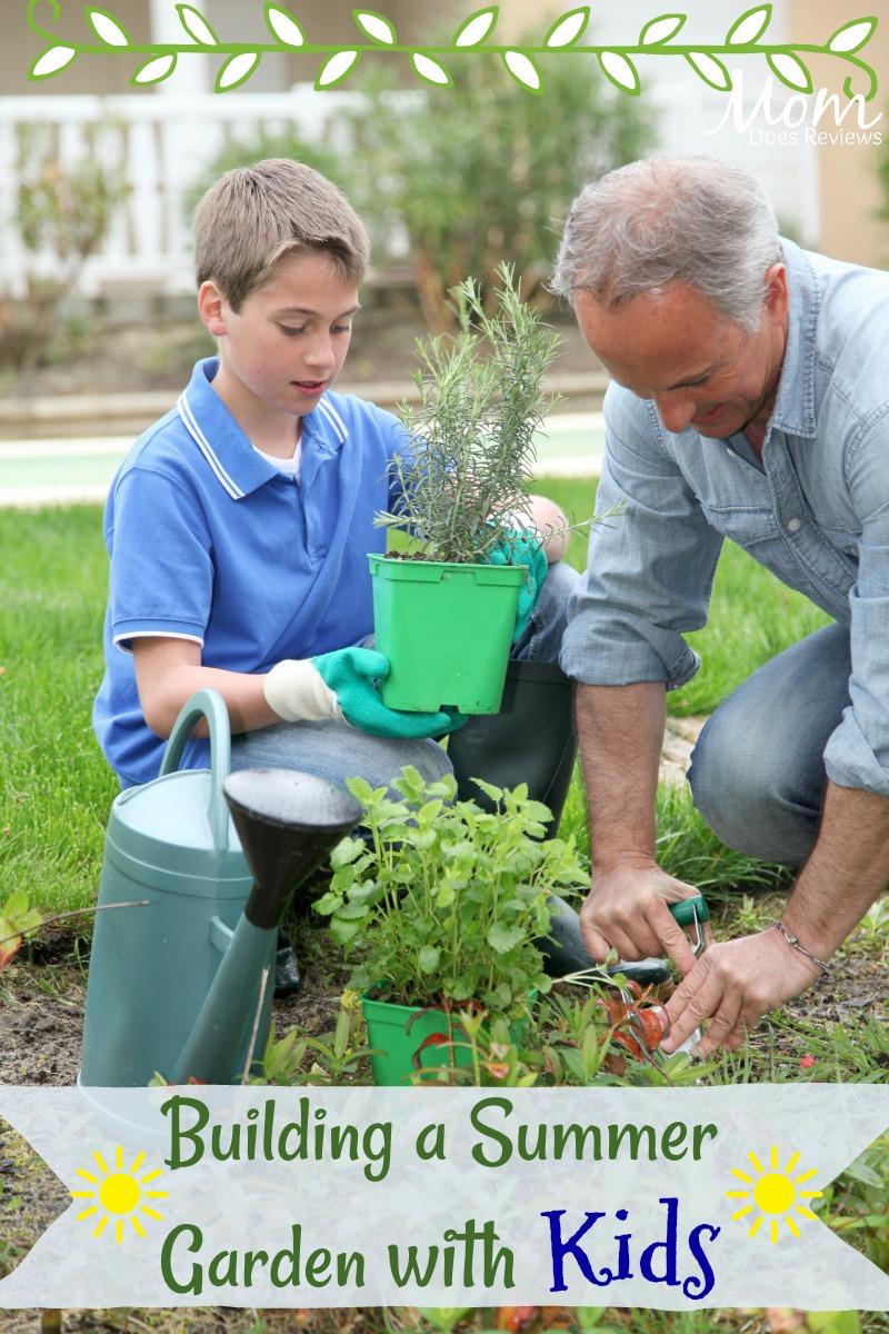 Building a Summer Garden with Kids #gardening