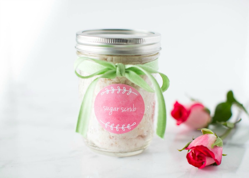 Homemade Vanilla Sugar Scrub with Roses