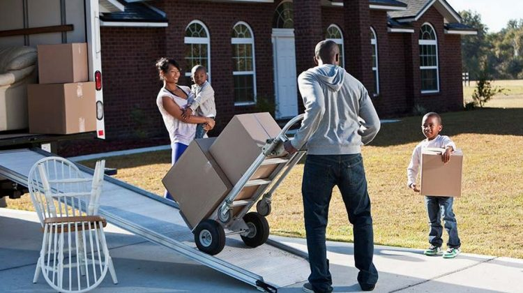 Benefits of Hiring Professional Movers in Calgary