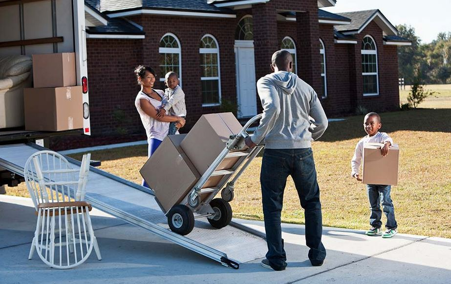 A Simple Guide on Tipping Movers