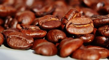 4 Advantages to Making Your Own Coffee at Home
