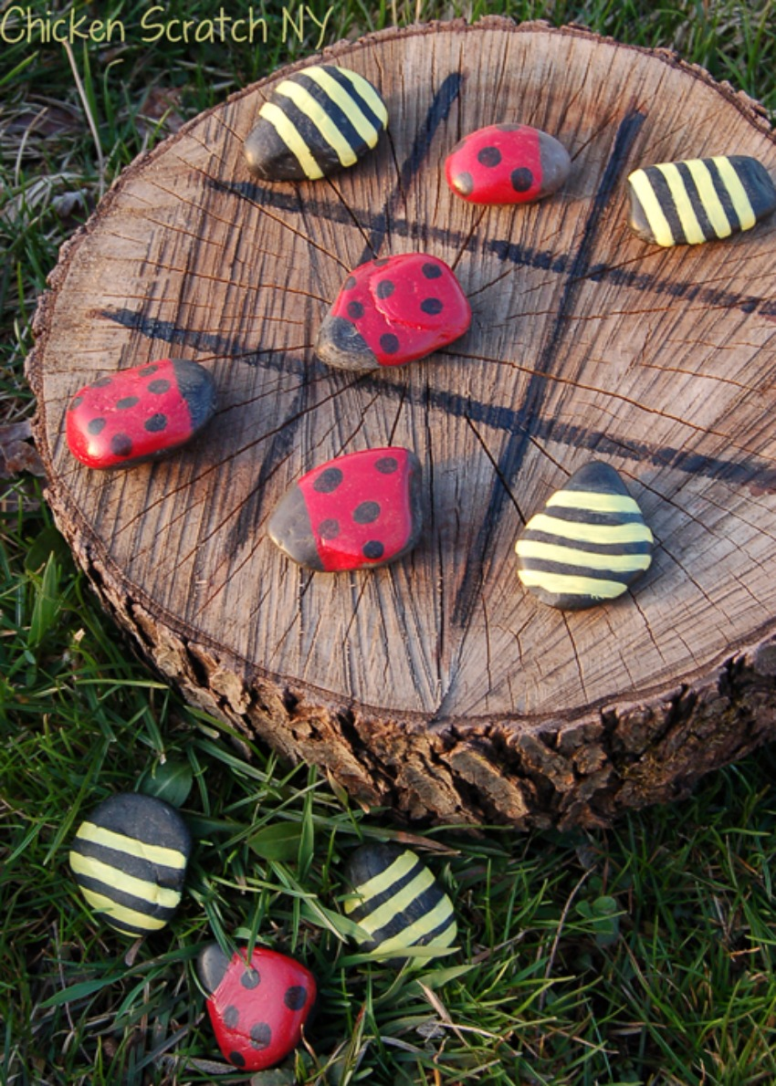 Spring Time Tic-Tac-Toe with Ladybug vs. Bumble Bee tic-tac-toe game