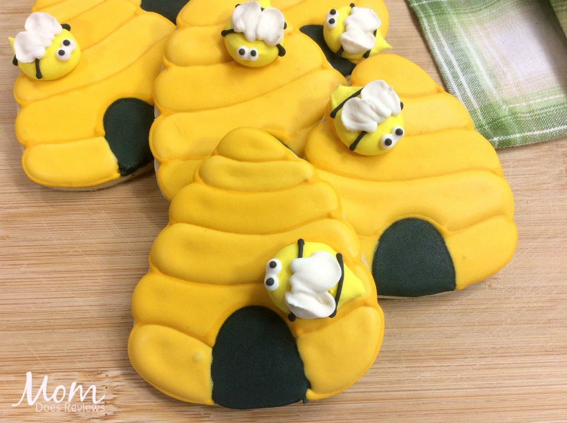 Honey BeeHive Cookies from Winnie the Pooh #ChristopherRobin