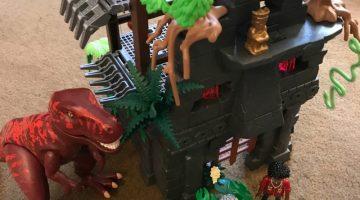 Spark Creative Play with the PLAYMOBIL Playmobil Jurassic World Hidden Temple T-REX Kit #Back2School18
