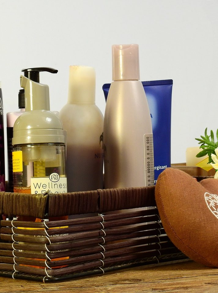 Impressive Luxury Hamper Gift Ideas to Pamper Her