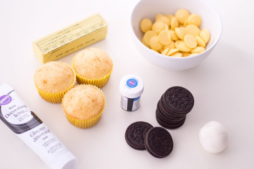 Minion Oreo Cupcakes
