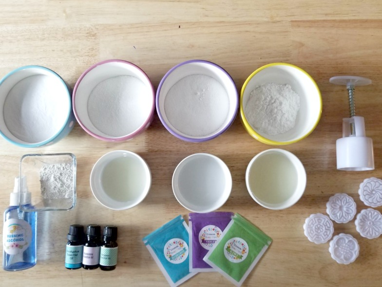 DIY Essential Oils Moon Press Bath Bombs Recipe