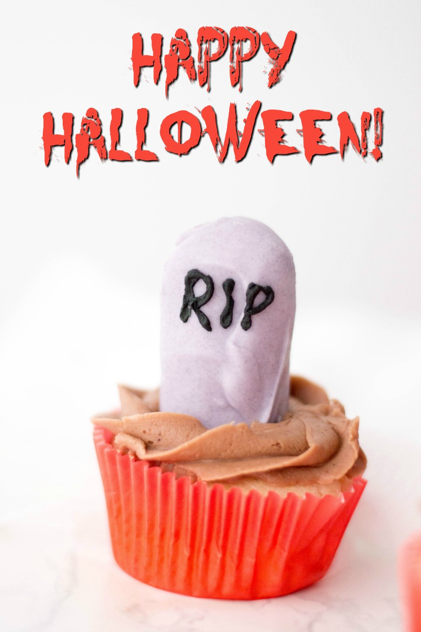 Make Your Own RIP Cupcakes #FunHalloween18