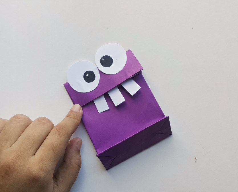 DIY Monster Treat Bags #FunHalloween18