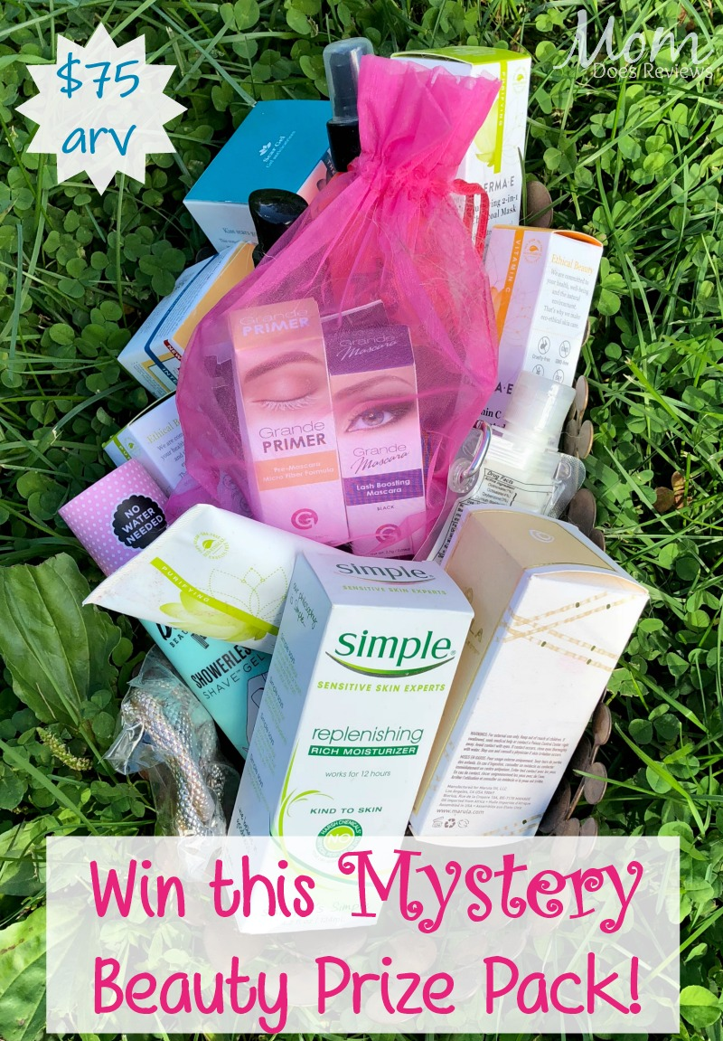 #Win a Mystery Beauty Prize Pack- US only Ends 10/10 #MEGAChristmas18